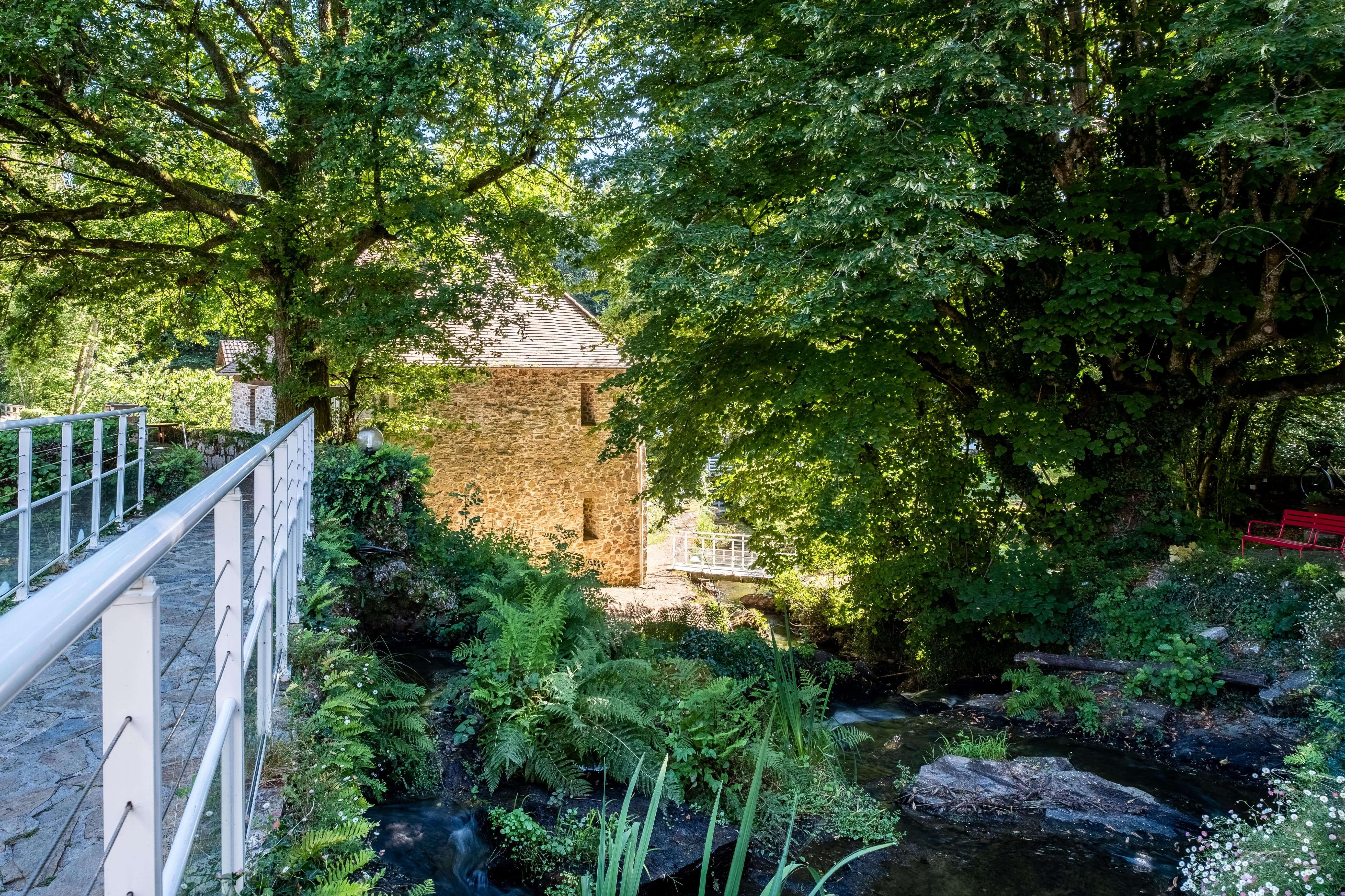 Extérieurdu Moulin de la Gorce